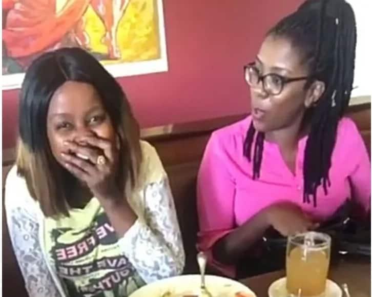 Mwendeshaji wa The Trend Amina atoka nje bila vipodozi na kushtua