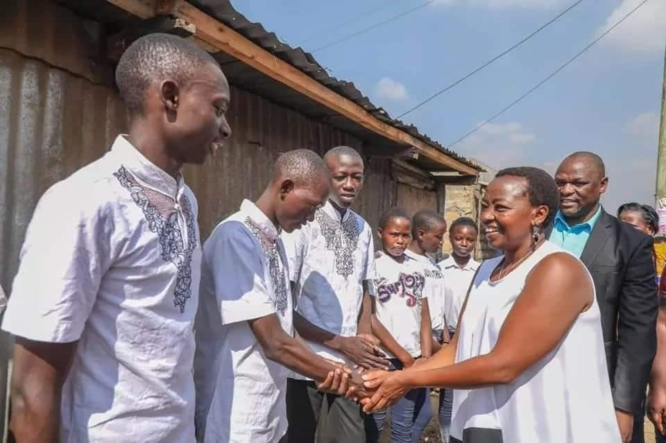 DP Ruto's wife interacts with Kayole children and it is heartwarming