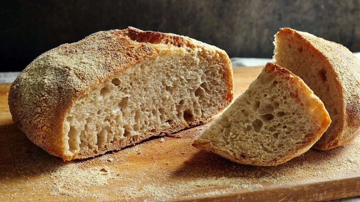 How to bake bread, how to bake bread at home, bread baking guide, bake bread at home