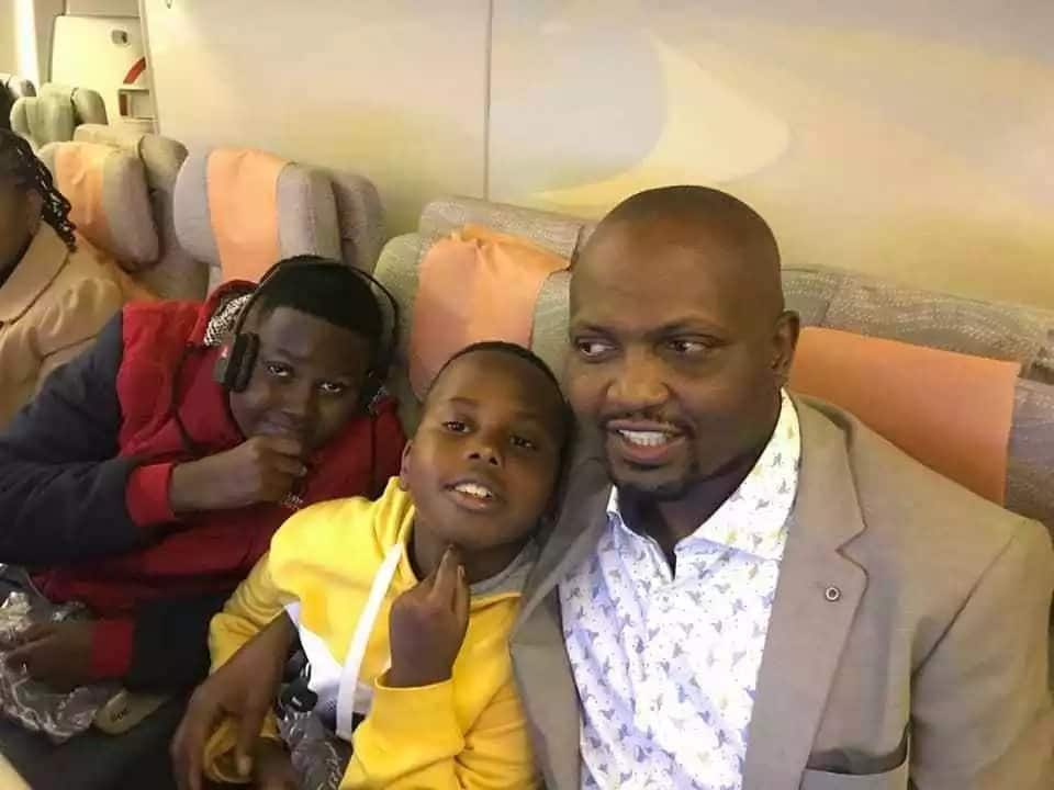 Moses Kuria introduces never seen wife and kids on flight which flew Miguna to Dubai