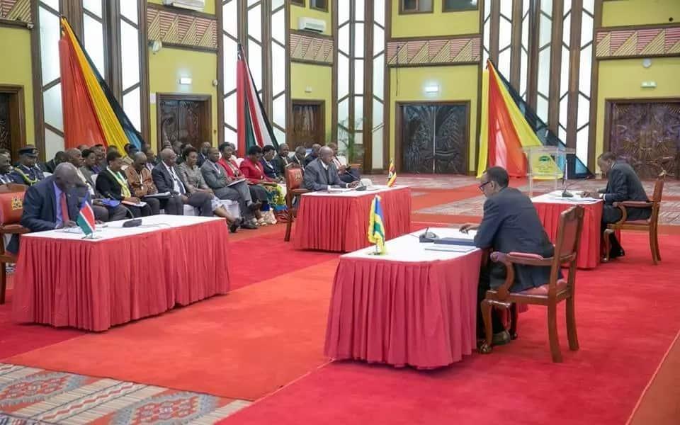 Museveni, Kagame heap praise on Uhuru for constructing the Standard Gauge Railway