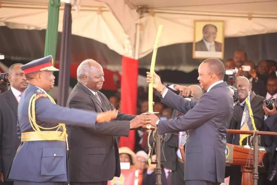 Kenyans express mixed reactions towards Uhuru's KSh 300 million swearing-in budget