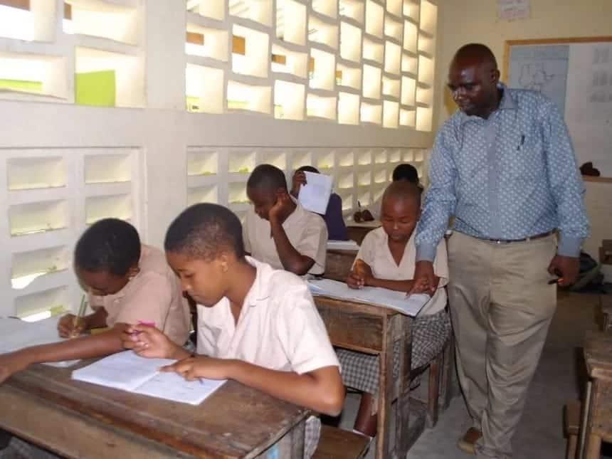 New teachers pay rise 2018