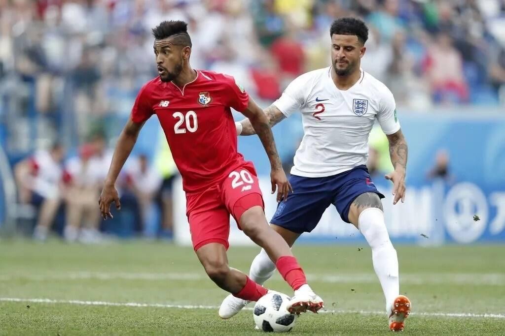 England's weakest link is Kyle Walker, according to Arsene Wenger
