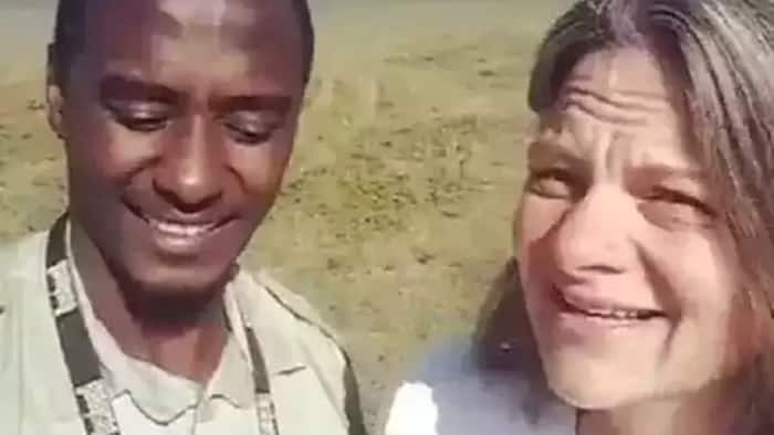 Jamaa aliyetafsiri visivyo ujumbe wa mtalii alazimishwa kuomba MSAMAHA (video)