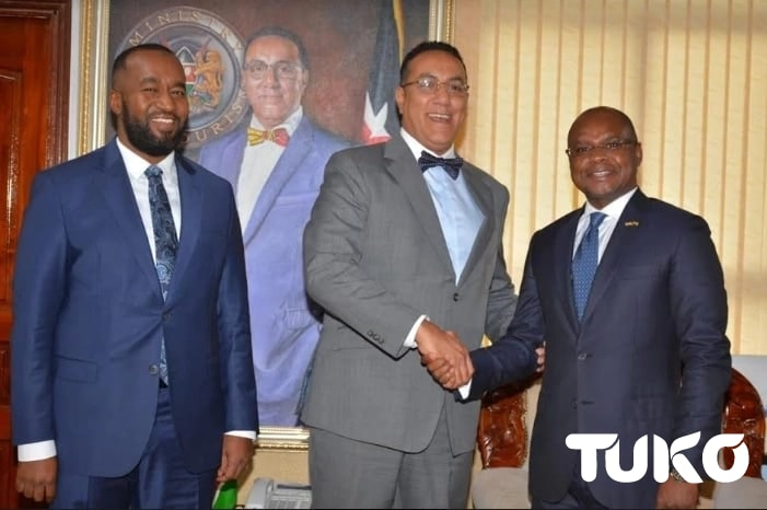 Joho, Kingi in symbolic handshake with Balala as coast succession politics gathers steam