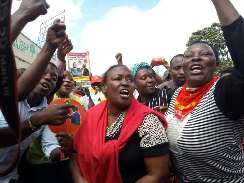 Maelfu wajitokeza kusherehekea ushindi wa Uhuru Kenyatta baada ya uamuzi wa korti