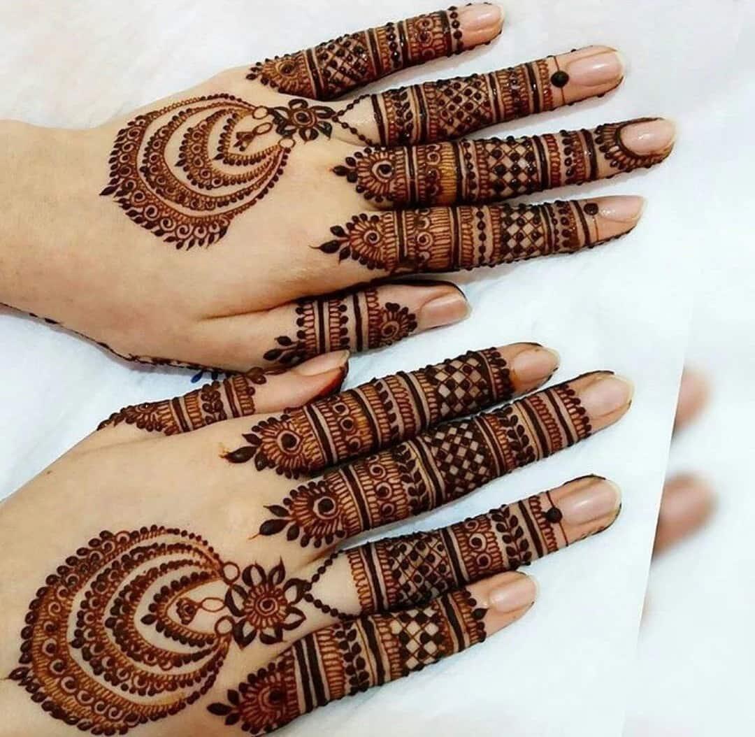 Black Henna Designs: Simple Black Henna Designs In