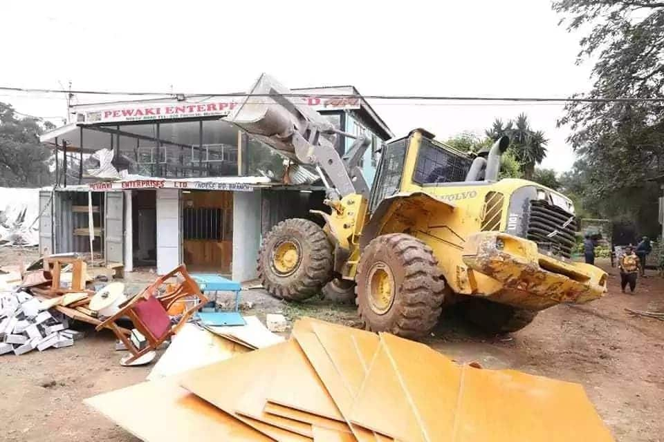 Former MP opens fire at Nairobi county staff demolishing illegal structures