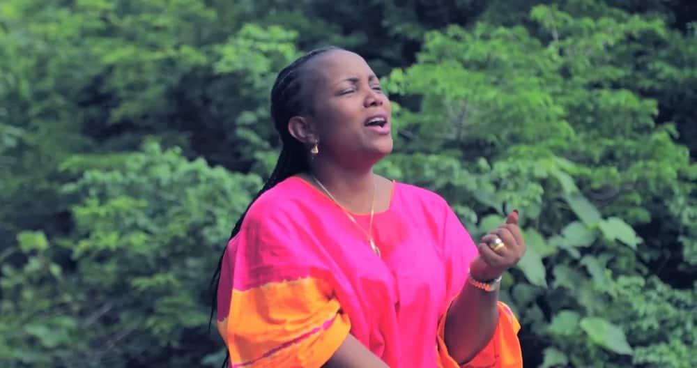 Christina Shusho biography. A gospel diva with a heavenly voice
