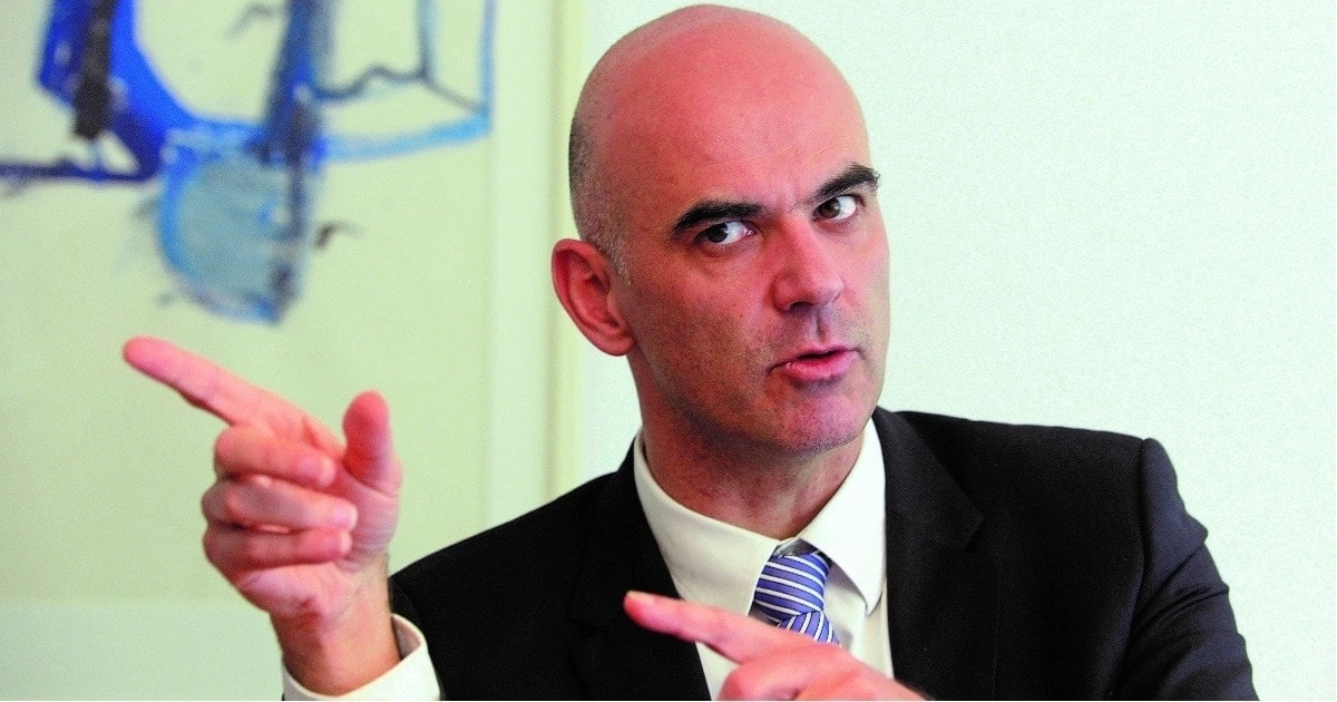 Swiss president Alain Berset tweets in Swahili announcing his 3-day state visit to Kenya