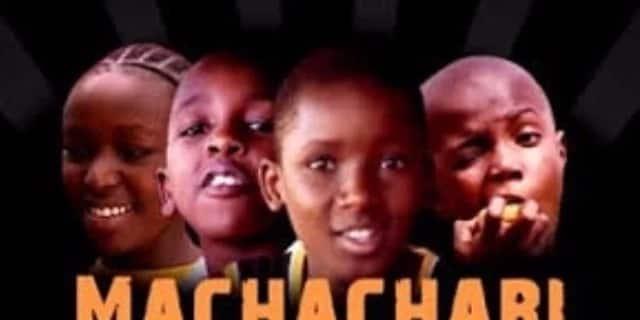 Ujana moshi,usishangae kumuona Tosh wa Machachari akiwa na mpenzi
