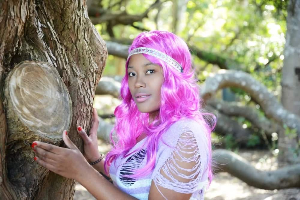 Singer shocks many after moving to South Africa and supposedly joining Illuminati