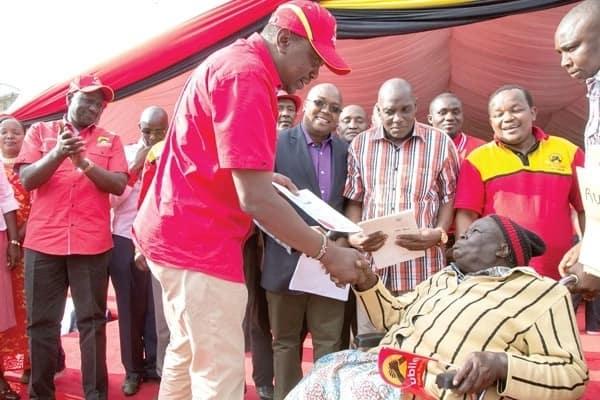 Uhuru issues title deed in Nyeri. PSCU