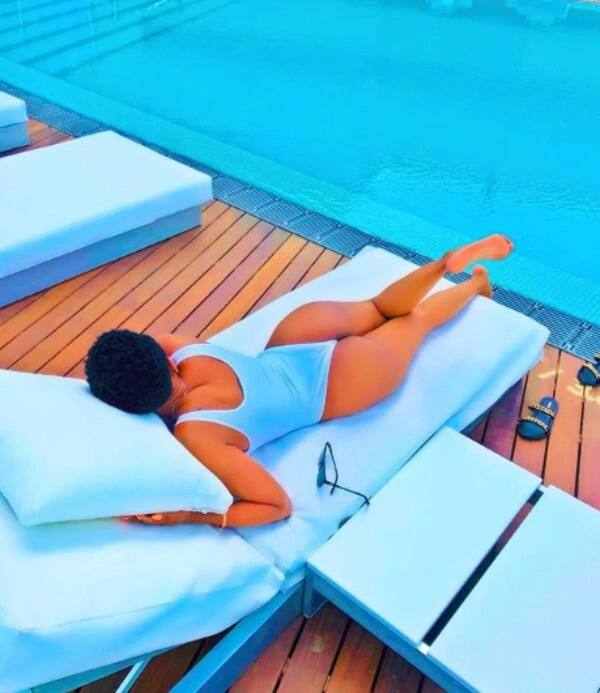 Huddah Monroe leaves thirsty men drooling as she parades jaw-dropping hips while holidaying