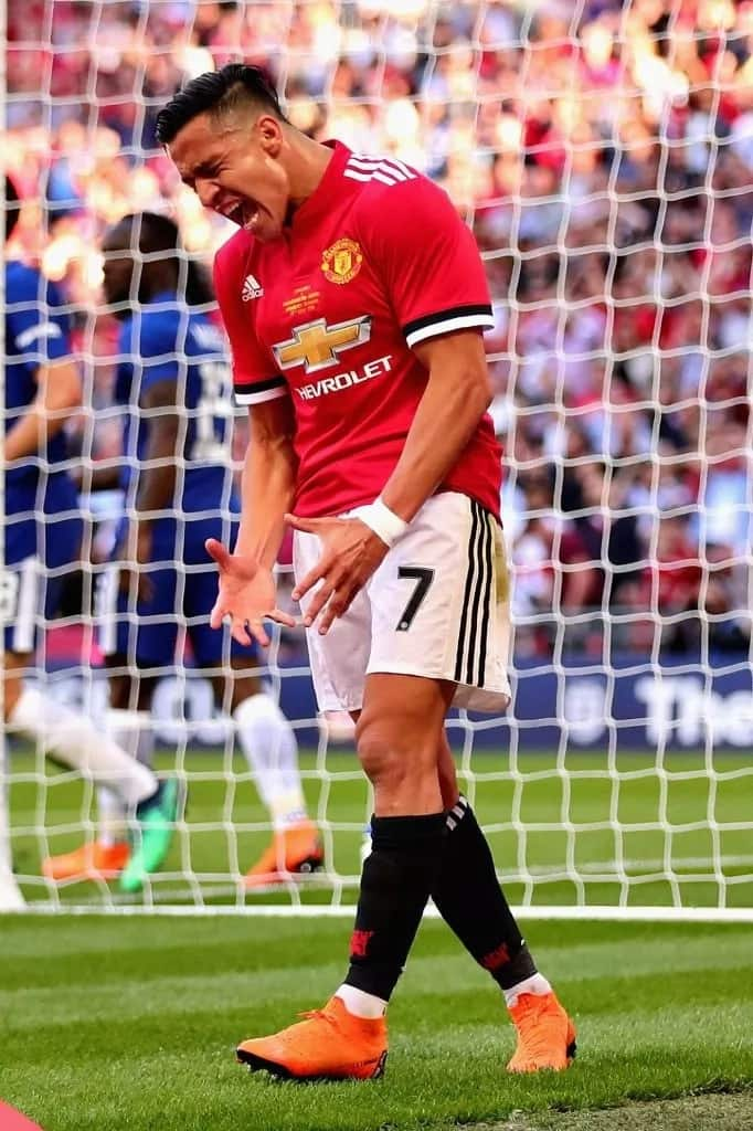 Sanchez still struggling to adapt to Mourinho's style at Manchester United