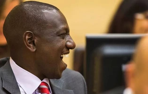 William Ruto spots an embarrassing grammatical error on Eldoret University bus and posts on twitter
