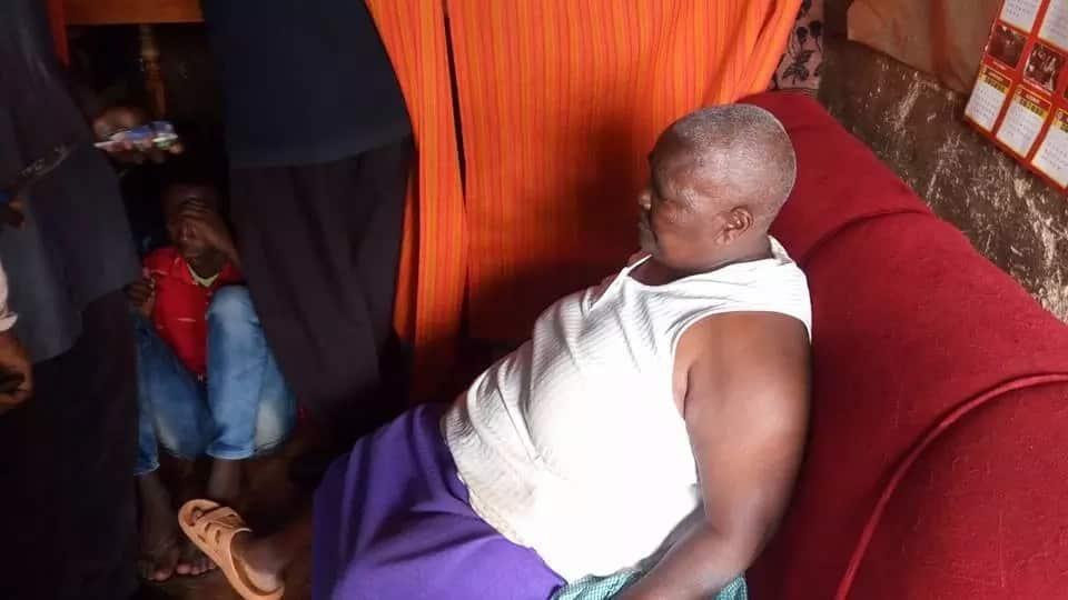 Ajabu: Bi kizee wa miaka 64 apatikana na misokoto ya bangi kwa chupi!(Picha)