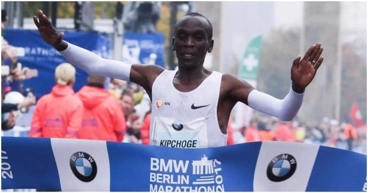 Ruto leads Kenyans in congratulating Eliud Kipchoge for winning IAAF Males athlete of the Year Award