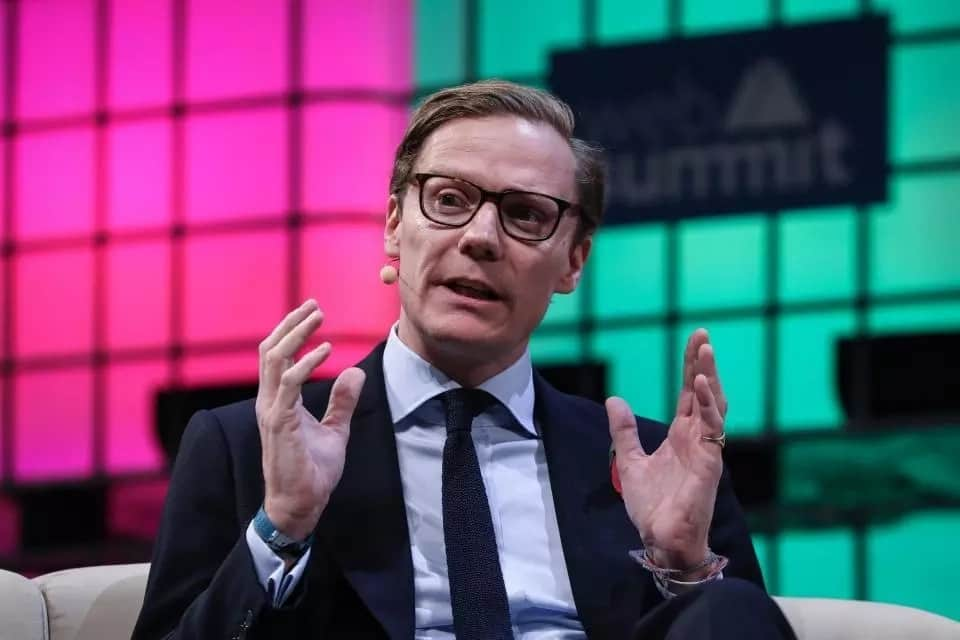 Cambridge Analytica Alexander Nix speaking to the media.