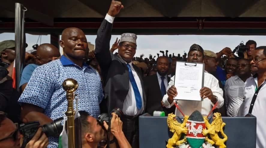 Miguna ingia ulingo wa Sonko kisha amtandike makonde mazito - Mutahi Ngunyi