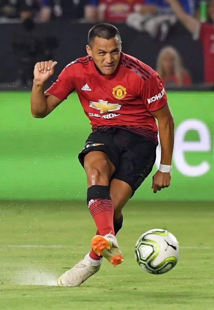 Nasty breakup key reason behind Alexis Sanchez's poor form as Chilean eyes Old Trafford exit