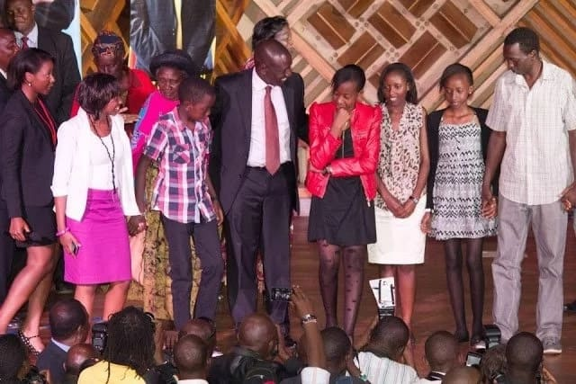 0fgjhs6fuq4pqaorh - Meet William Ruto's children in photos