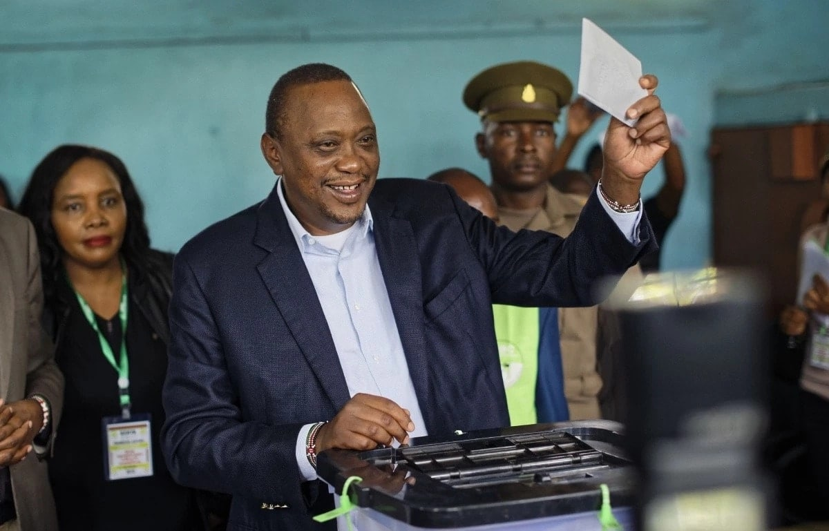 Uhuru must now win war against corruption as Kenyans welcome more taxes
