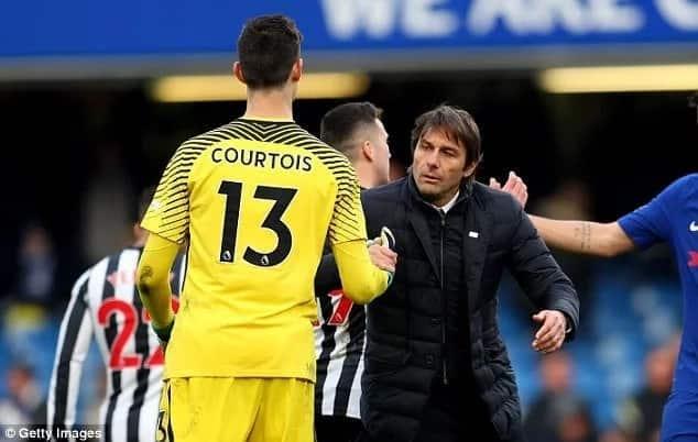 Chelsea boss Antonio Conte desperate not to lose two Chelsea stars amid exit rumors