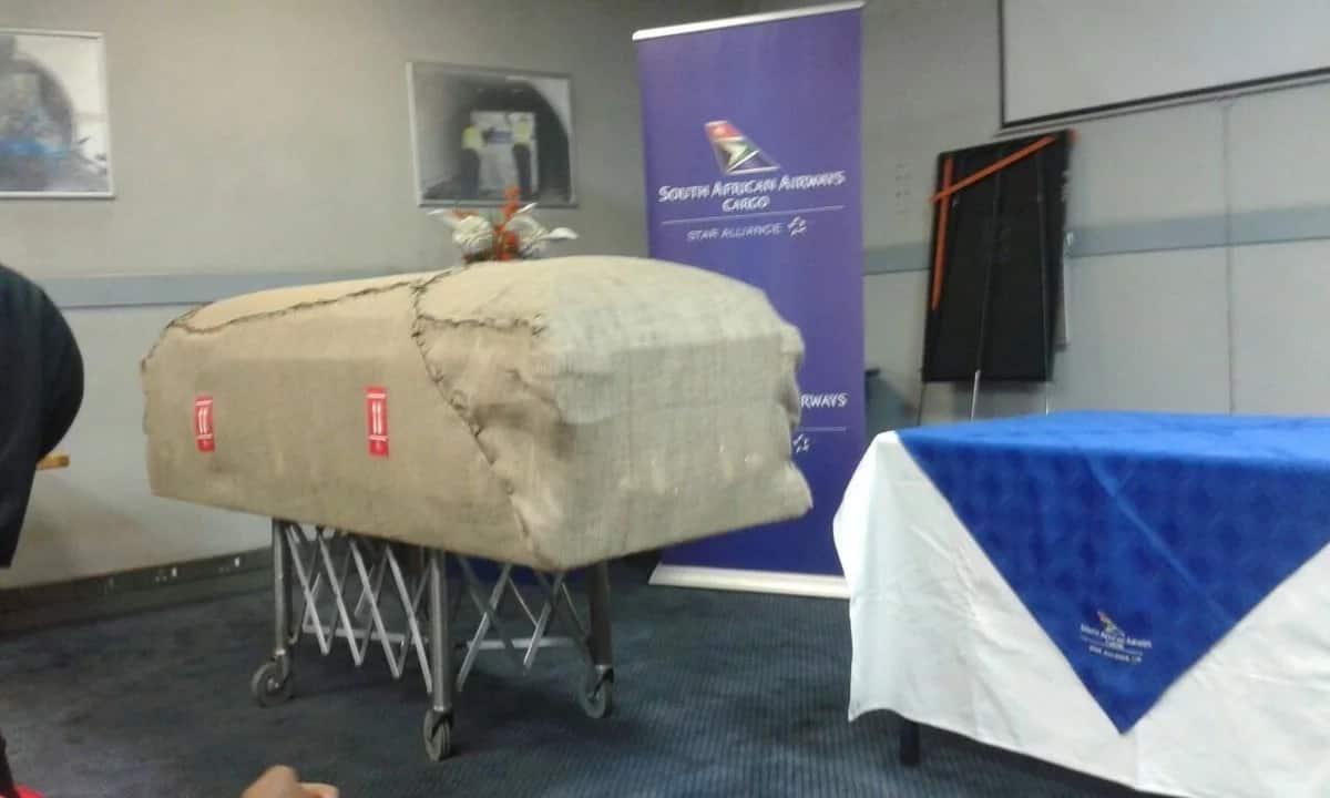 Picha 16 za kuhuzunisha za hafla ya mazishi ya Morgan Tsvangirai