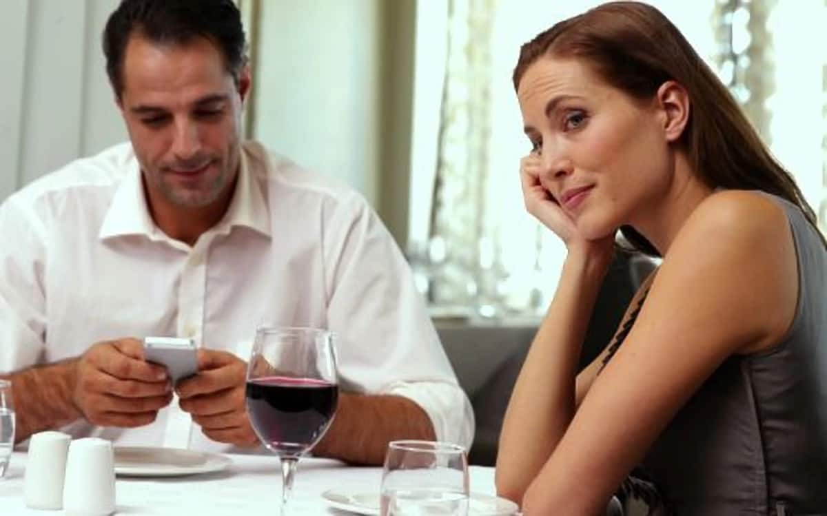 Would you stay with a man who pays no attention to you? Kenyan women respond