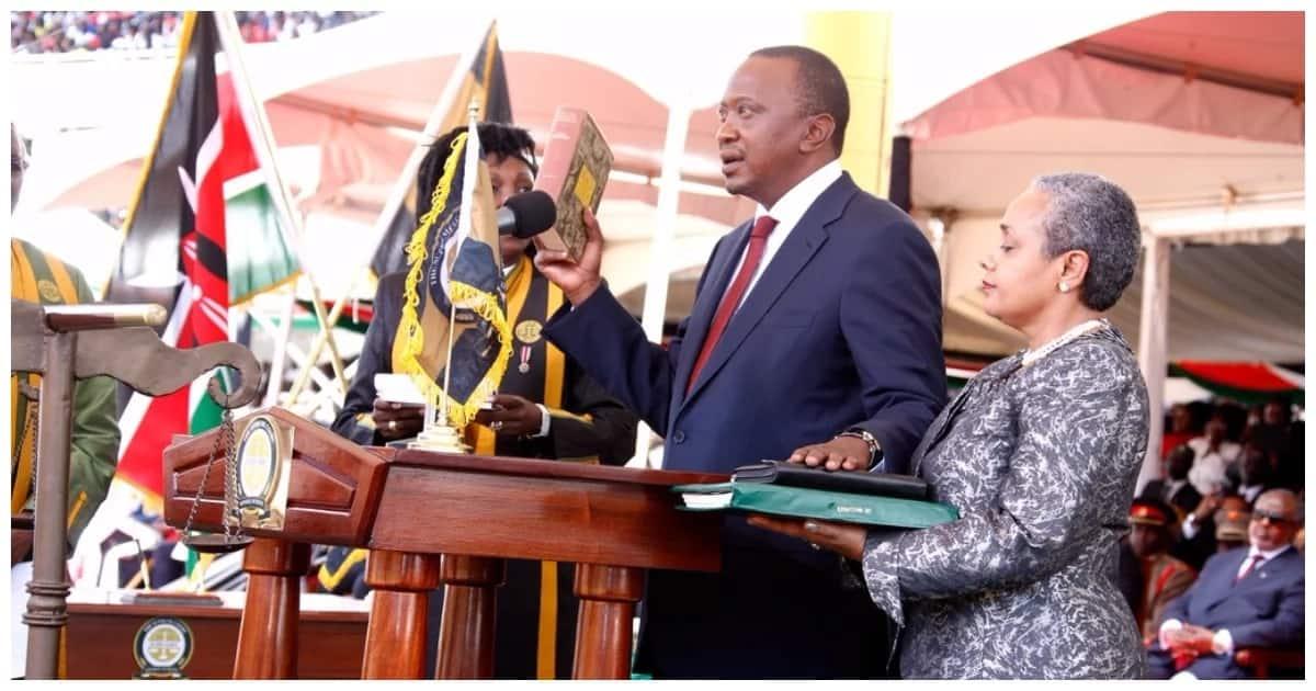 Uhuru Kenyatta takes oath of office