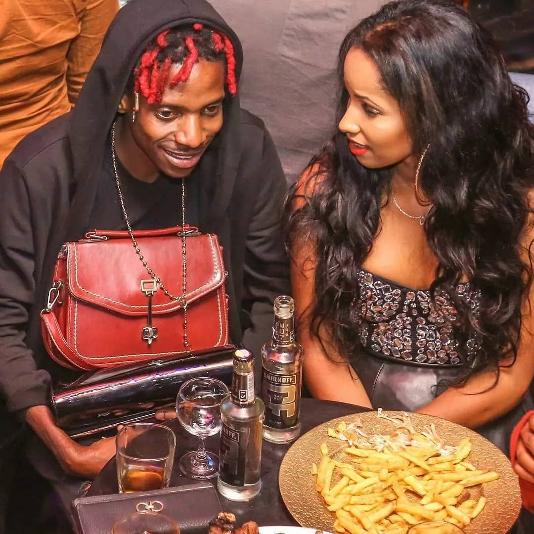 Eric Omondi's fans attack him for carrying his gorgeous lover's handbag yet again