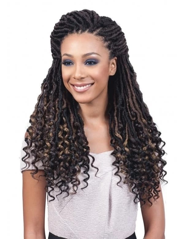 How to style curly braids