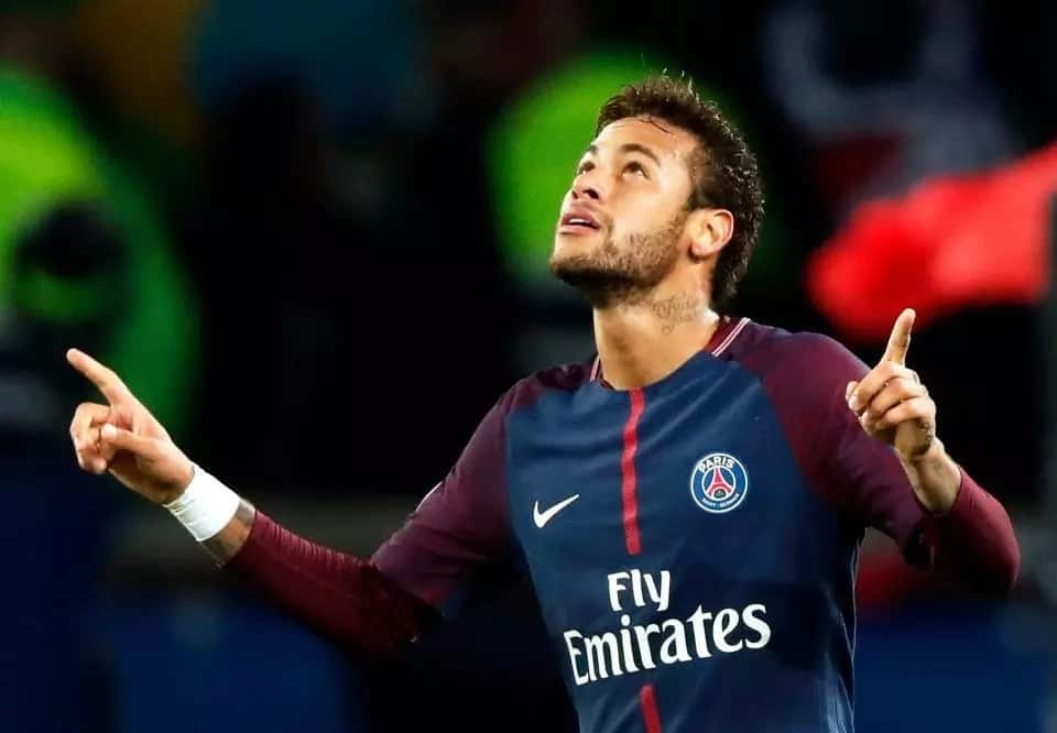Neymar could consider joining Manchester United if Real Madrid move fails