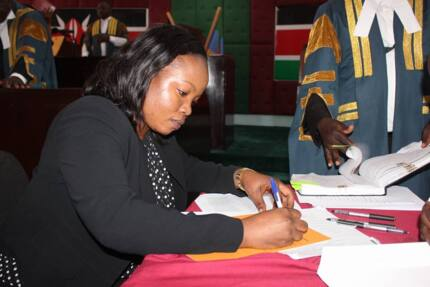 Homa Bay county Speaker unanimously impeached by MCAs for being incompetent