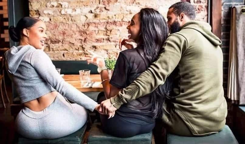 Lady set to marry fiance of 3 years finds out she's the side chick on Valentine's day