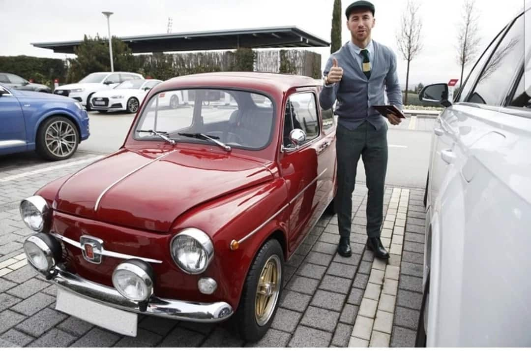 Captain Ramos gifted with vintage car from brother after Superior Real Madrid eliminated PSG (Photos)