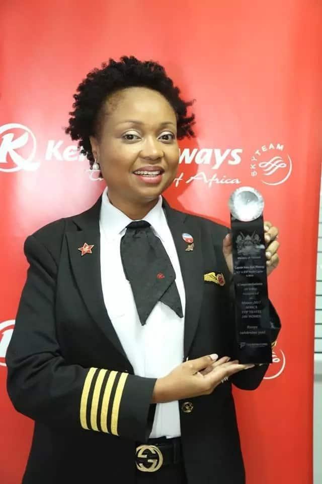 Joy as Africa's and kenya's first Boeng female pilot Koki Mutungi wins continental award