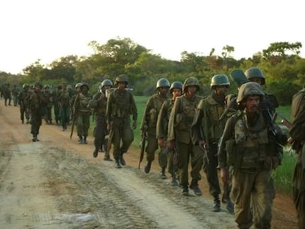 Ethiopian soldiers surround a Kenyan village, KDF reacts