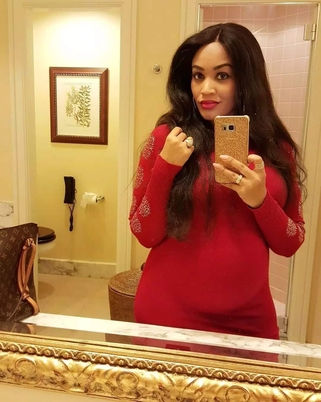 Our daughter had even reduced your big lips -  Ugandan's go hard on Diamond after break up with Zari
