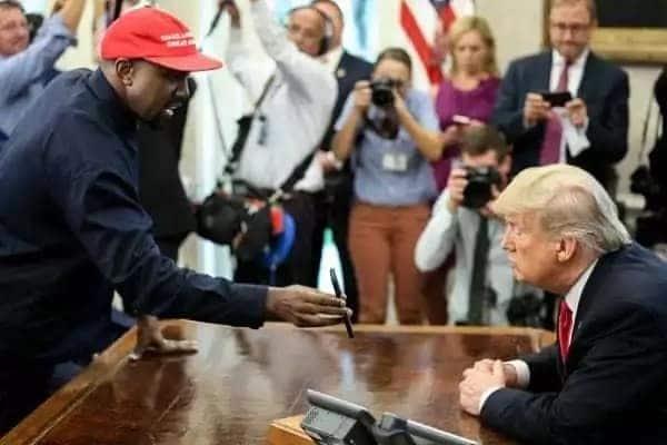 Kanye West na Kim Kardashian watua Uganda kwa mbwembwe