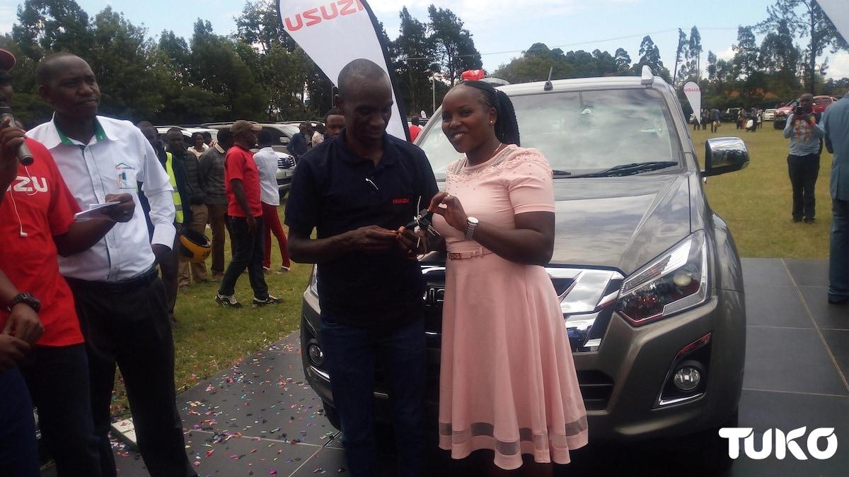 Isuzu hands Eliud Kipchoge keys to brand new Dmax pick-up worth KSh 5.9 million