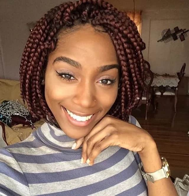 Short Box Braids That Will Suit An Oval Face