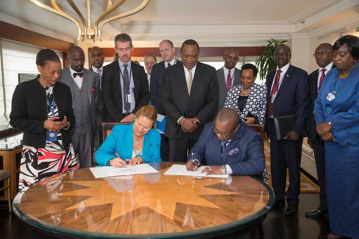 Rais Uhuru Kenyatta aingia katika mkataba wa ujenzi wa nyumba nzuri