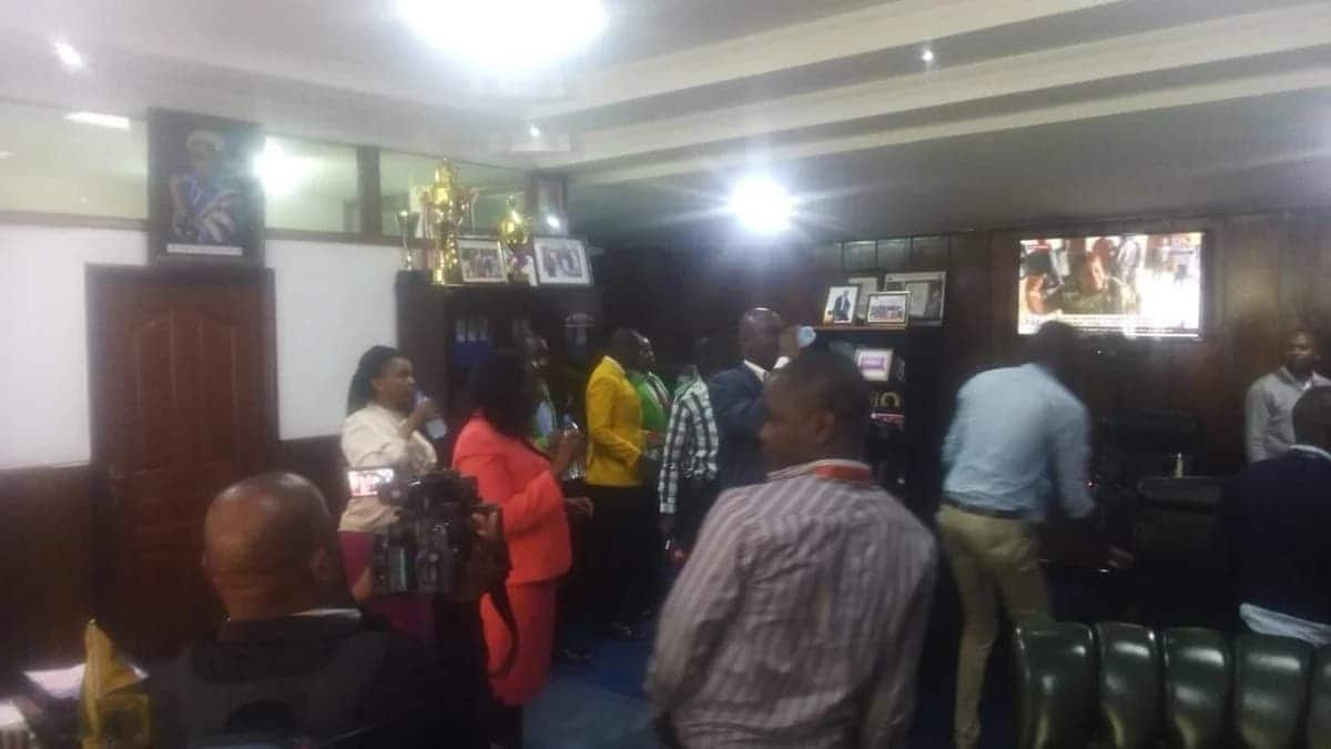 Kicks and blows at City Hall as Nairobi MCAs eject Speaker Beatrice Elachi out of office