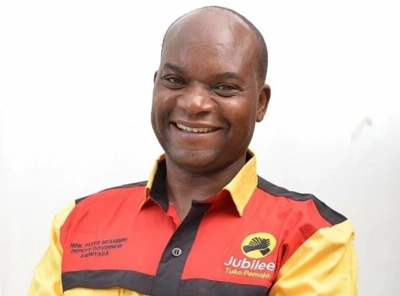 Naibu Gavana wa Kirinyaga aomba msamaha kwa kupatikana kitandani na mwanamke asiye mkewe