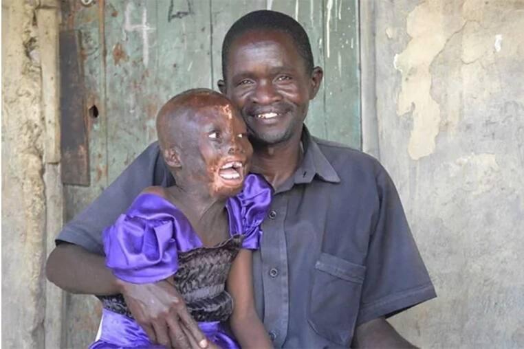 Msichana huyu mwenye umri wa miaka 8 anayeazimia kuwa wakili hajalala kwa miaka 2