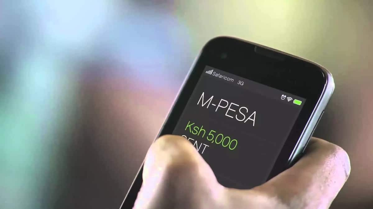 Man demands Safaricom compensate subscribers KSh 10,000 for M-Pesa outage