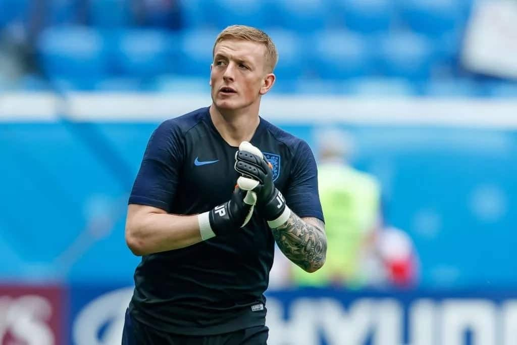 Chelsea want Everton's Jordan Pickford to replace Thibaut Courtois as No. 1